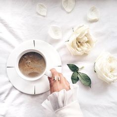 Coffee - the difference between a good morning and a great morning. // #WCOgirlgang @a.nasaruddin wearing Athena Gold & Marble Cuff Ring