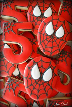 The Baking Sheet: Spiderman Cookies! - Visit to grab an amazing super hero shirt now on sale! Spiderman Cookies, Superhero Cookies, Spiderman Theme, Superhero Cake, Superhero Birthday Party, 4th Birthday Parties, Boy Birthday, Birthday Ideas, Spiderman Spiderman