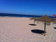 Morning .. Beach .. Portugal(fonte da telha)