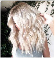 White Blonde Hair, Light Blonde Hair, Blonde Hair Looks, Platinum Blonde Hair, Dark Blonde, Blonde Color, Blonde Hair For Summer, Pink Hair, Blonde Shades