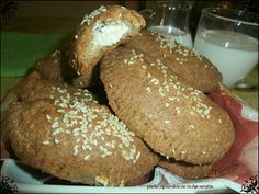 School Snacks, Hamburger, Bakery, Food And Drink, Cooking, Ethnic Recipes, Breads, Kitchen, Bread Rolls