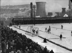 A packed crowd brave the cold at Valley Parade for the replay between Bradford City and Brentford. The match also finished in a draw, resulting in a second replay, which Brentford won at Griffin Park Arsenal Football, Football Stadiums, Football Match, Football Fans, Bradford City, Brentford Fc, Bristol City Fc, Carrow Road, Hampden Park
