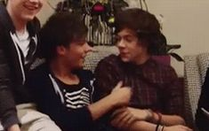 larry stylinson gif - Google Search