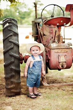 Junior & the red tractor