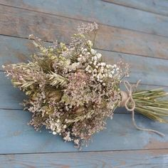Image from http://www.artisandriedflowers.co.uk/upload/products/lg_20129722-vintage-romance-bridal-bouquet.jpg.
