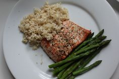 Brown rice, baked salmon and asparagus