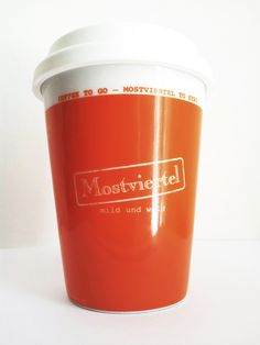Coffee to go – Mostviertel to stay Kaffeebecher aus Keramik Coffee Cup made of Pottery dhso. Coffee To Go, Coffeecup, Grafik Design, Pottery, Coffee Mug, Tourism, Creative, Ceramica, Cup Of Coffee