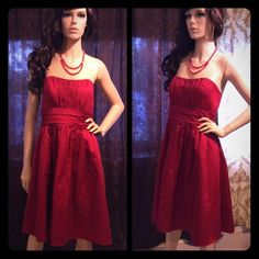 Beautiful Crimson Red Bridesmaid Formal Dress ❤️ Worn once. Beautiful deep red brides maid dress, it's great for any formal occasion. So pretty! ❤️ I have a bundle discount and hundreds of lovely listings in all different sizes! My closet is full of tops, dresses, scarves, jackets, coats, sweaters, skirts, handbags, shoes and formal wear. I do not accept offers on items $10 or less, please make a bundle if you want a discount.  I normally ship within a day. Let me know if you have any…