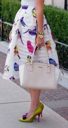 Everything about this pin is AMAZING! Purse, shoes, skirt! I love it!!