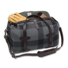 4f5238870881 Wool Duffle Bag with Side Panels Filson Leather Pieces