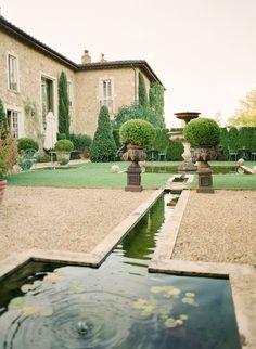 Walking Gardens at the Borgo Santo Pietro | photography by http://www.ktmerry.com/blog/
