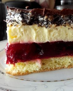 Stuff my ideas: Cherry cake with poppy seeds Baking Recipes, Cookie Recipes, Dessert Recipes, Keto Desert Recipes, Polish Desserts, Buttery Biscuits, Mini Foods, Homemade Cakes, Mini Cakes