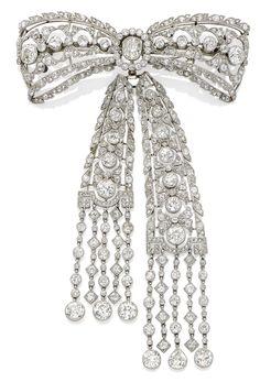 A BELLE ÉPOQUE DIAMOND BROOCH #DiamondBrooch