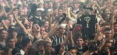 Organizada do Corinthians lamenta o fechamento de escolas e considera a reorganização um 'ato imposto de forma arbitrária'