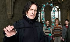 Alan Rickman: Harry Potter fans raise wands in tribute