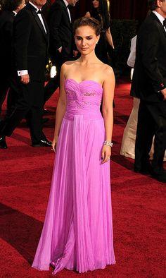 Natalie Portman 2009 Oscar Awards, none of the photos show the true beauty of this Rodarte gown.