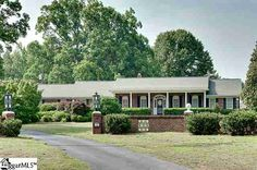 800 Roper Mountain Road 022 - 4 Bedrooms, 4 Bathrooms :: Home for sale in Greenville, SC MLS# 1241652. Learn more with Hamilton and Co. of Keller Williams