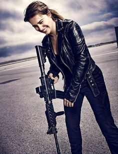 """342155d3b4ea The all new fashion collection is an inspired recreation of Sarah Connor  Jacket worn by Emilia Clarke in the latest Hollywood franchise movie  """"Terminator ..."""