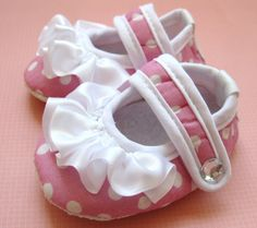Baby ShoesBaby Girl ShoesCrib ShoesBaby by BabyHairDelights, $13.95