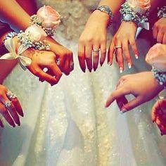 Arab Wedding, Wedding Pics, Stylish Girls Photos, Stylish Girl Pic, Cool Girl Pictures, Girl Photos, Profile Picture For Girls, Girls Hand, Cute Wedding Ideas