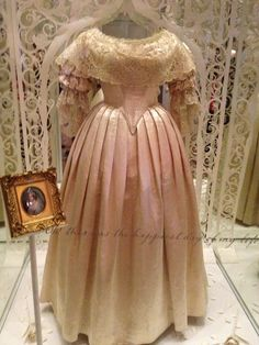 Queen Victoria's wedding dress from 1840. (a favourite repin of VIP Fashion…