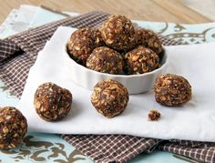 cocoa kissed chia energy bombs1