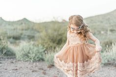 What to Wear for Family Photo Sessions – Children's Clothing Edition. | Sweet Juniper Photography featured on Life + Lens Blog