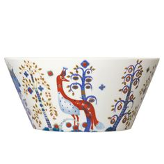 Iittala Taika: The Iittala Taika serving bowl has a whimsical design that brings a little bit of magic to your table. The Taika collection combines well with other Iittala dinnerware. White Magic, Silk Screen Printing, Cuisines Design, Colour Schemes, White Porcelain, Bowl Set, Tablescapes, Serving Bowls, Decorative Bowls