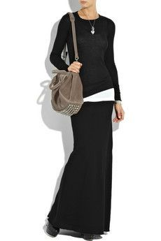 I have a long skirt like this that I haven't worn in a long time; I may attempt to rock this look!