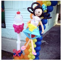 Cupcake balloon sculpture #cupcake   #balloon #sculpture #twist #art