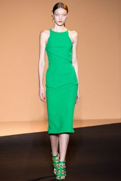 Roland Mouret Spring 2015 Ready-to-Wear - Collection - Gallery - Look 1 - Style.com