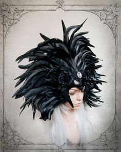 Extraordinary large feather headdress, made of real feathers and venetian lace. Very lightweight, 100% handmade in Germany.