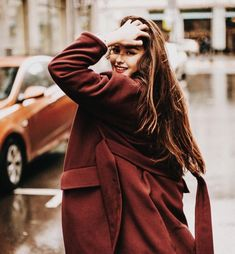 Top 10 photography poses visit here Portrait Photography Poses, Photography Poses Women, Autumn Photography, Street Photography, Fashion Photography, Woman Photography, Street Portrait, Foto Pose, Photo Instagram