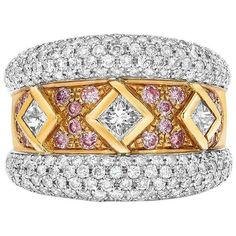 Ambrosi 18 Karat Gold Three Princess Diamond Ring with Pink and White Diamonds For Sale