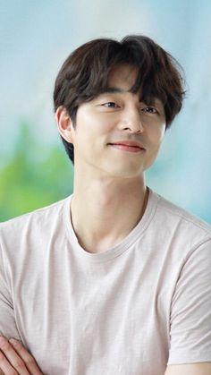 孔劉 Korean Star, Korean Men, Princess Kate, Gong Yoo Goblin Wallpaper, F4 Boys Over Flowers, Goblin Korean Drama, Goong Yoo, Goblin Gong Yoo, Yoo Gong