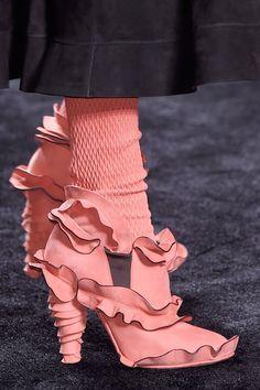Fendi fendi creating romantic and modern accessories. Creative Shoes, Unique Shoes, Weird Fashion, Fashion Shoes, Runway Fashion, Crazy Shoes, Me Too Shoes, Fendi, Bootie Boots