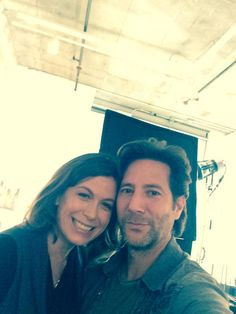 Desmond and Penny (Henry Ian Cusick and Sonya Walger) reunited.