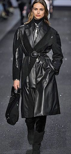Polo Neck, Alberta Ferretti, Mantel, Goth, Leather Coats, Jackets, Black, Style, Fashion