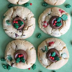 Rolo-Stuffed Double Chocolate Chip Cookies: By adding a Rolo and some Wilton Holly Sprinkles, you can turn plain chocolate chip cookies into adorably festive treats. Best Christmas Desserts, Best Christmas Cookie Recipe, Christmas Sugar Cookies, Holiday Cookies, Christmas Fun, Shortbread, Double Chocolate Chip Cookies, Chocolate Dipped, White Chocolate