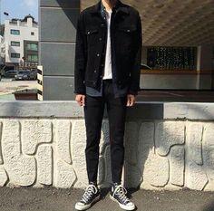 Vintage men clothing fashion guys 67 new ideas 66 Converse Outfits, Moda Converse, Boy Outfits, Fashion Outfits, Streetwear Mode, Streetwear Fashion, Tumblr Outfits, Grunge Outfits, Korean Fashion Men