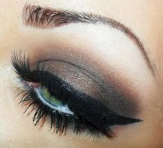 Love this makeup! Dramatic eyeshadow.