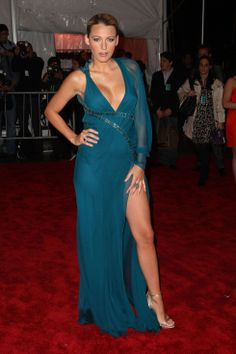 blake-lively-the-model-as-muse-embodying-fashion-costume-institute-gala-02