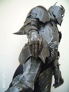 Conceptual Nazgul armor - if I had the time and $$ I would add blacksmithing to my repertoire of hobbies