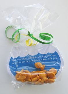 ELMO Party Favor Tags Sesame Street favors Goldfish por 11cupcakes