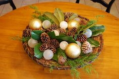 """Have all these ingredients to make...perhaps for front porch ~~""""platter of magnolia leaves, pinecones and candles"""""""