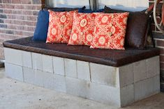 Cinder Block Bench - only thing I would change is spray painting the blocks some kind of color rather than leaving them gray (spray paint flowers front porches)