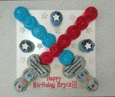 Lightsaber star wars cupcakes pull apart cake