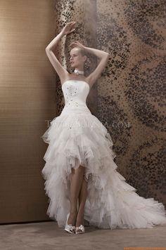 Robe de mariée Pronuptia Paris Amarine 2013 Ball Dresses, Bridal Dresses, Ball Gowns, Prom Dresses, Country Wedding Dresses, Wedding Gowns, 1920s Fashion Dresses, Beautiful Gowns, The Dress