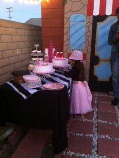 Dessert and cofee table