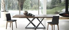 Modern Dining Tables | Contemporary Designer Furniture Pieces